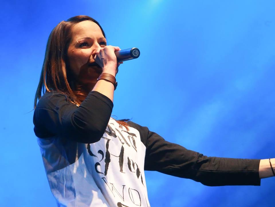 Christina Stürmer eröffnet das große Ski Opening Live Konzert